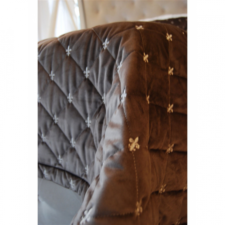 Покрывало бархат-велюр стежка-вышивка с двумя подушками