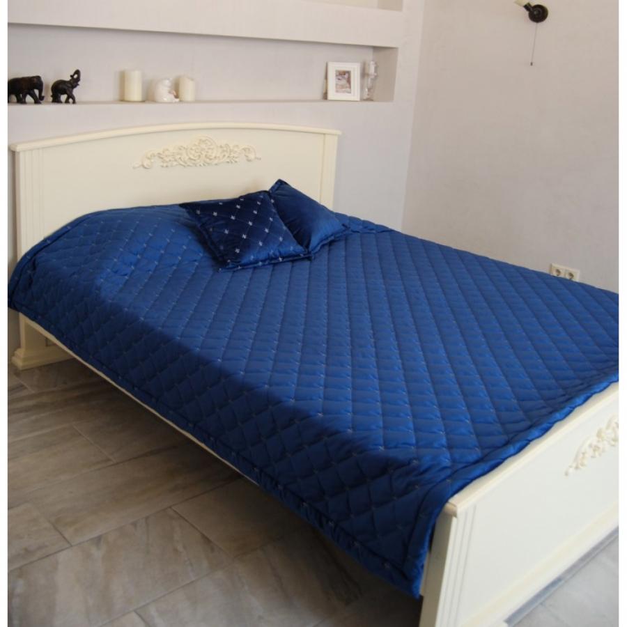 Покрывало бархат-велюр стёжка-вышивка в комплекте с подушками