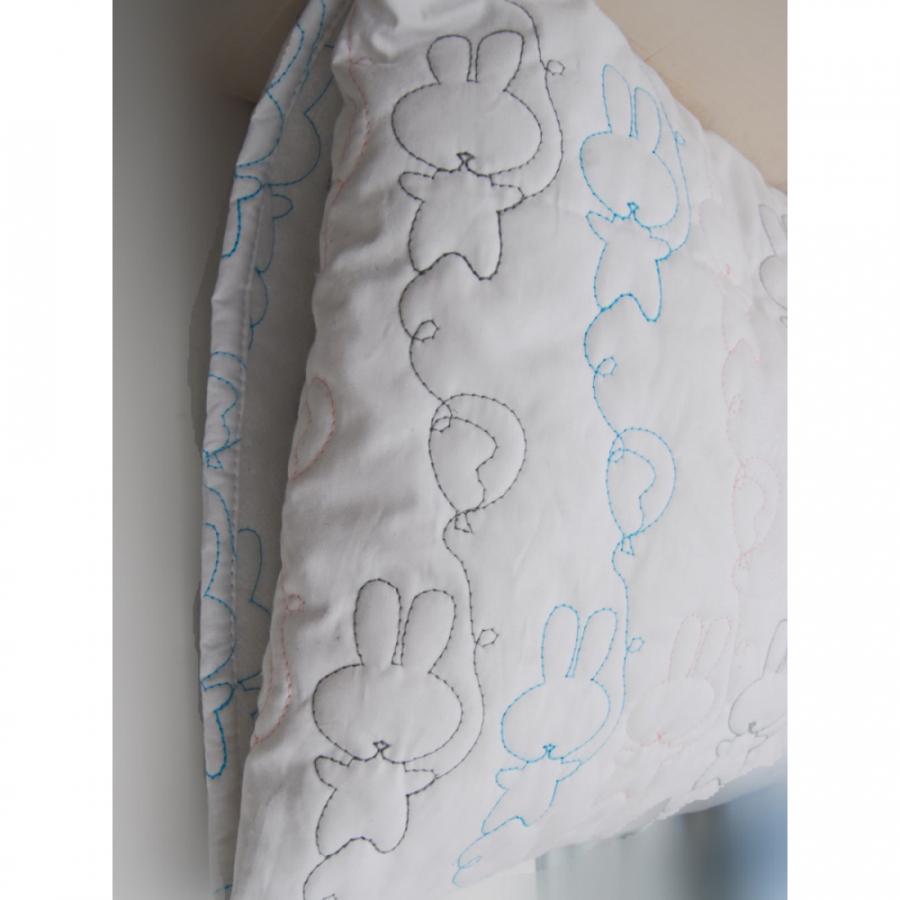 """Детская подушка для сна """"Зайки"""""""