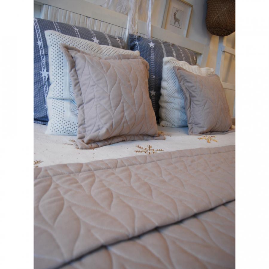 Покрывало канвас стёжка-вышивка в комплекте с подушками